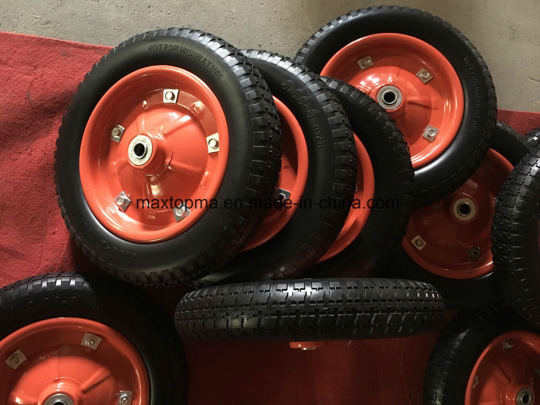 Qingdao Maxtop Factory PU Foam Wheel pictures & photos