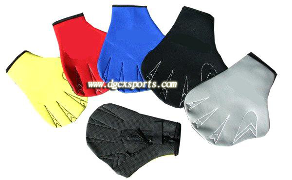 High Quality Neoprene Swimming training Glove pictures & photos