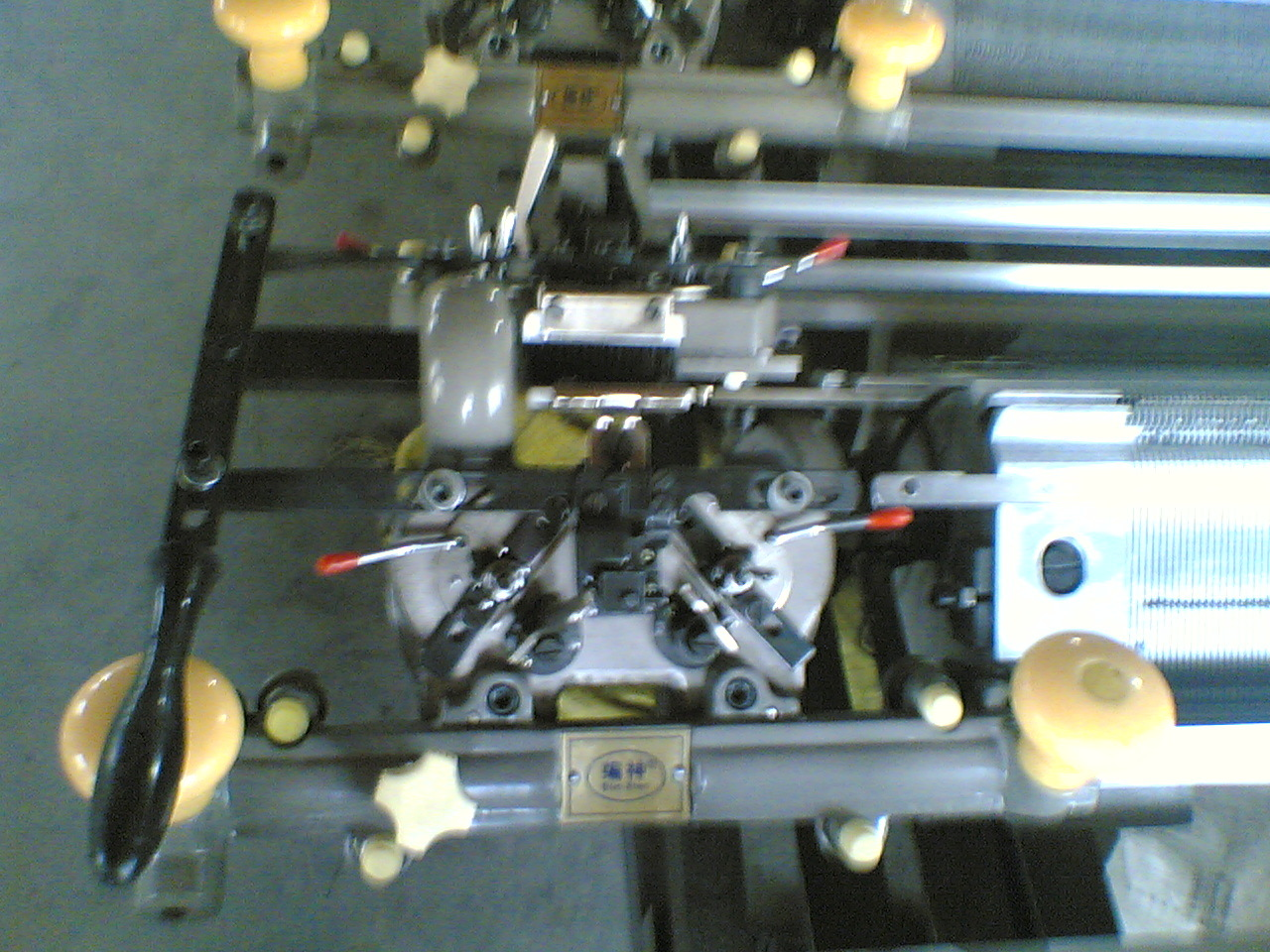 Factory Price Hand Flat Bed Sweater Knitting Machine for Home Use