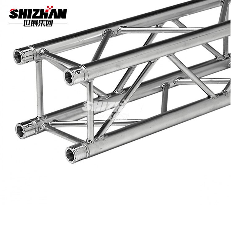 China Long Span Light Weight Metal Steel Structures Roof
