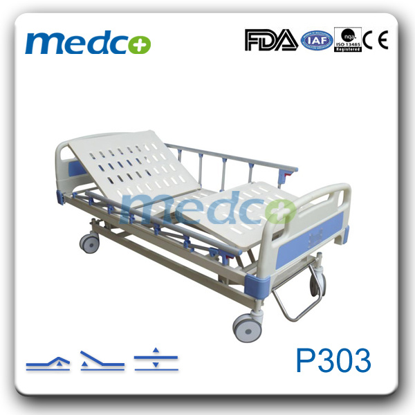 China Three Functions Hospital Bed Furniture Adjustable