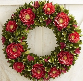 20 Wood Curl Flower Christmas Wreath