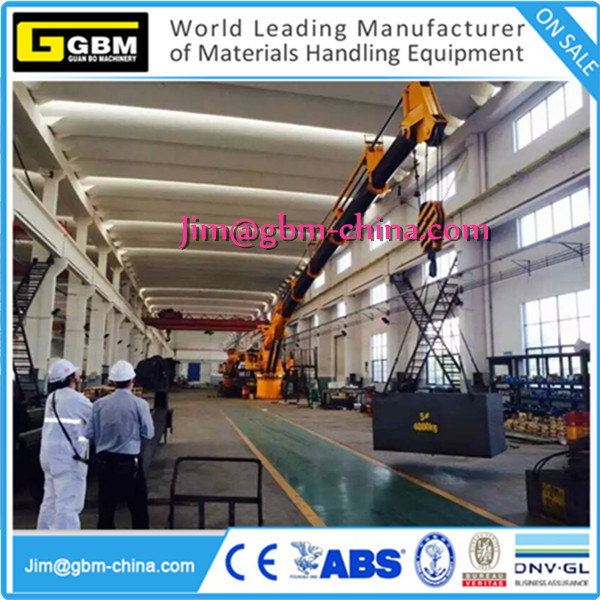 Marine Telescopic Boom Crane pictures & photos