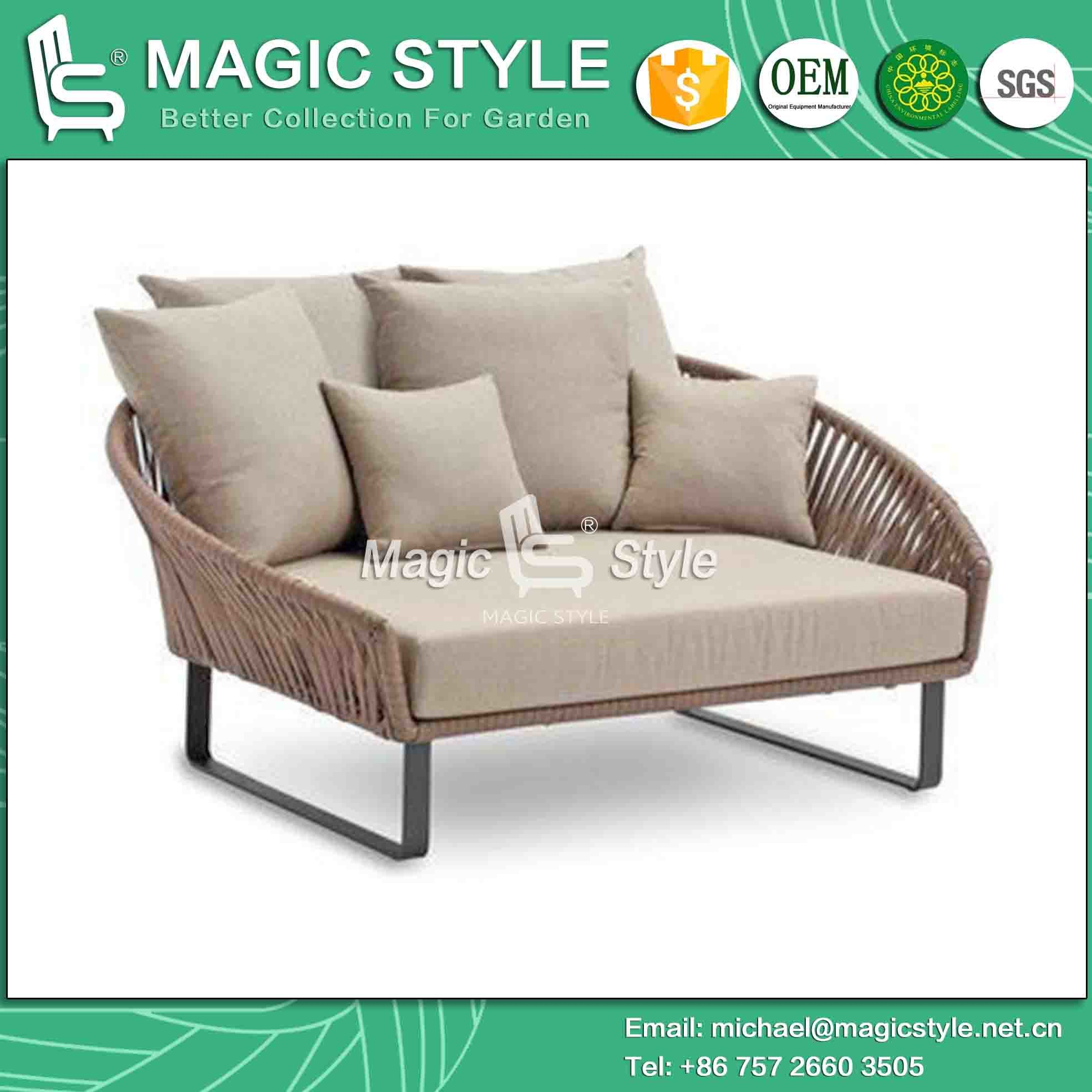 really net with daybed round patio wonderful outdoor charming bedroomi table daybeds best designs