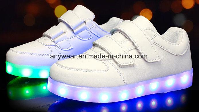 China Chilren Sports Lighting Shoes