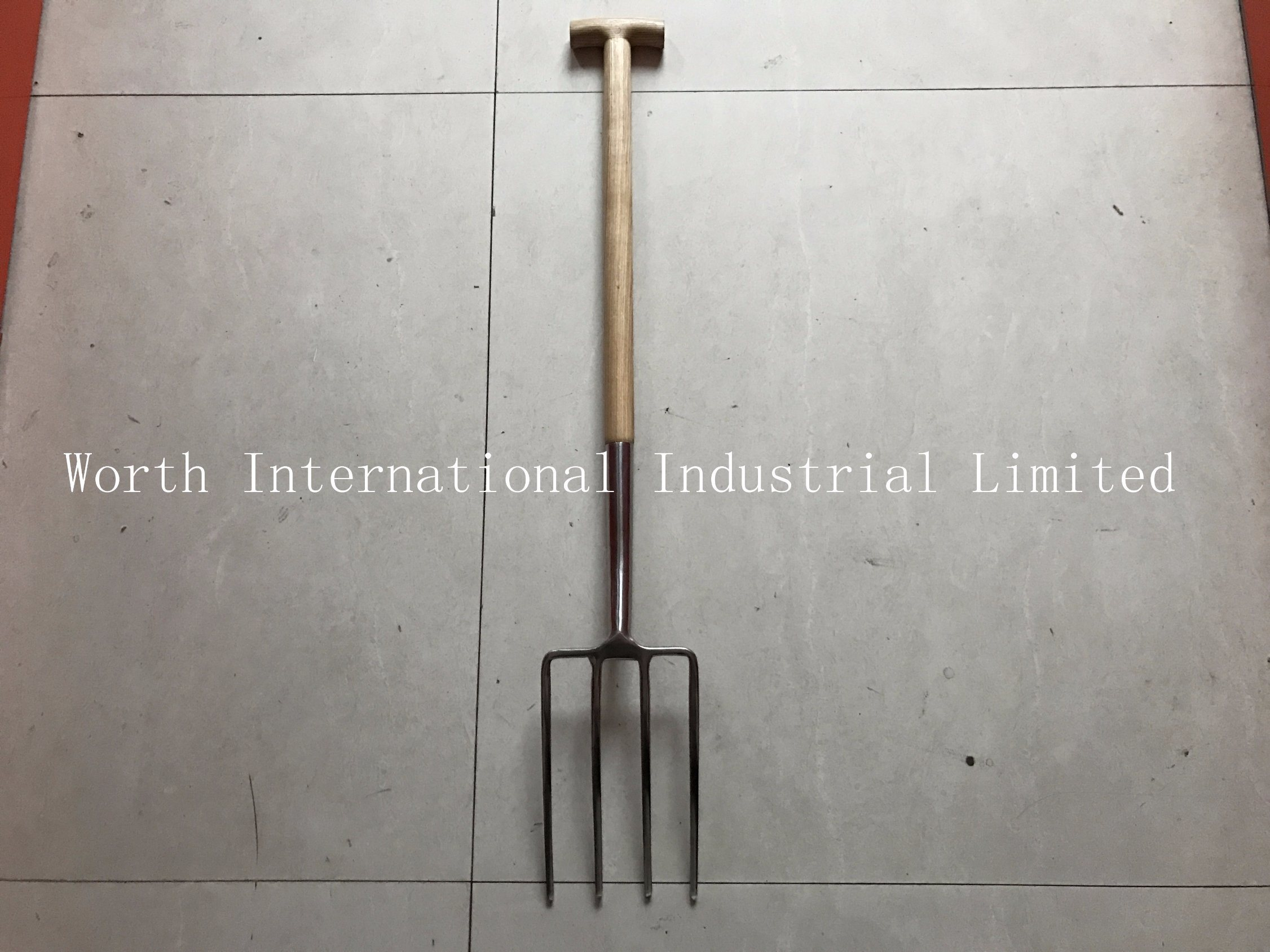 T Wood Handle Stainless Fork pictures & photos