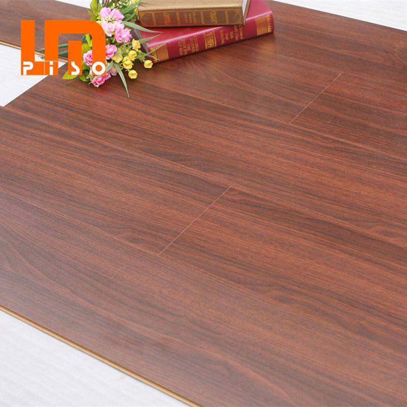 Walnut Wood Wilsonart Harmonics Uniclic, Harmonics Laminate Flooring
