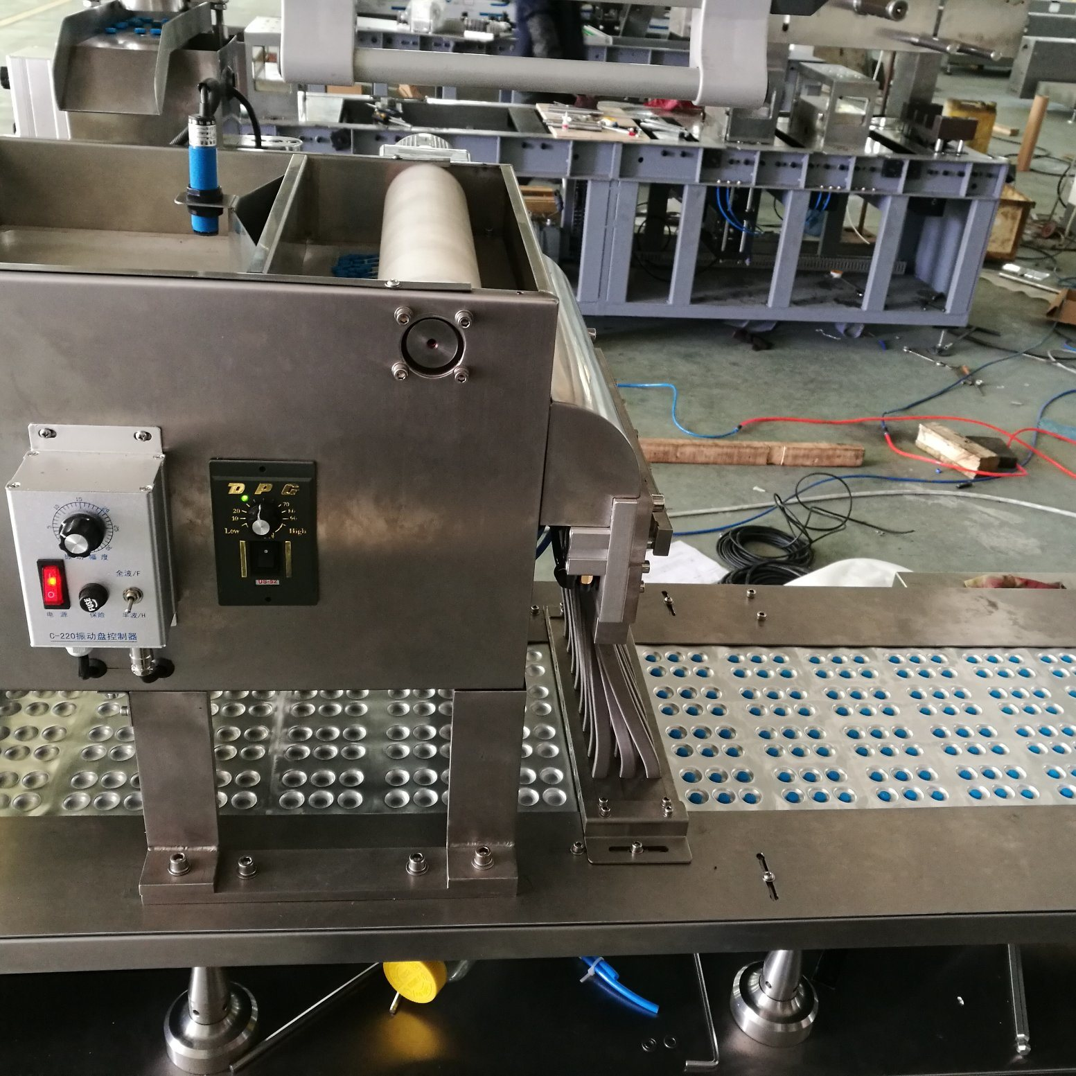High Precision New Automatic Alu Alu Blister Packaging Machine Dpp-260e
