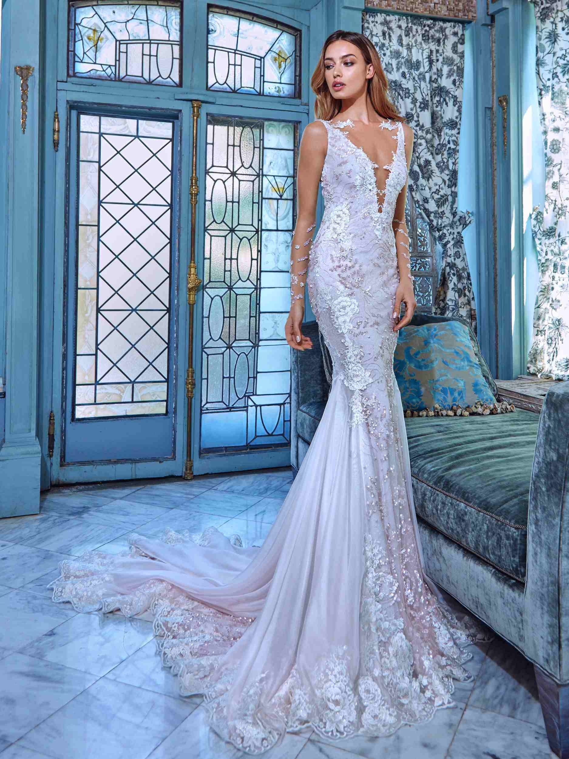 China Sheer Lace Wedding Dress Sleeves V-Neck Backless Daria Custom ...