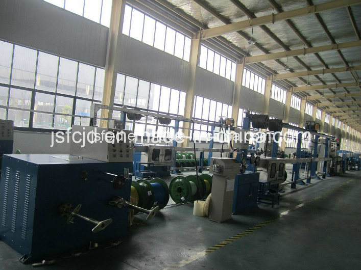 Cable or Electrical Wire (FEP, PP, PVC) Extruder/Extrusion Line (FC-70+35)