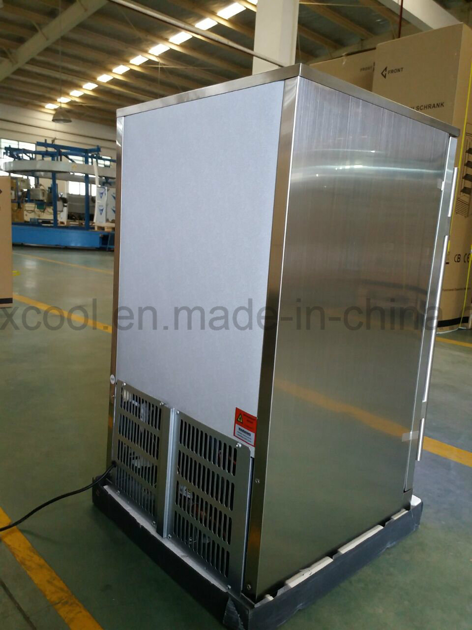 China Glass Door Mini Bar Fridge With Digital Controller Photos