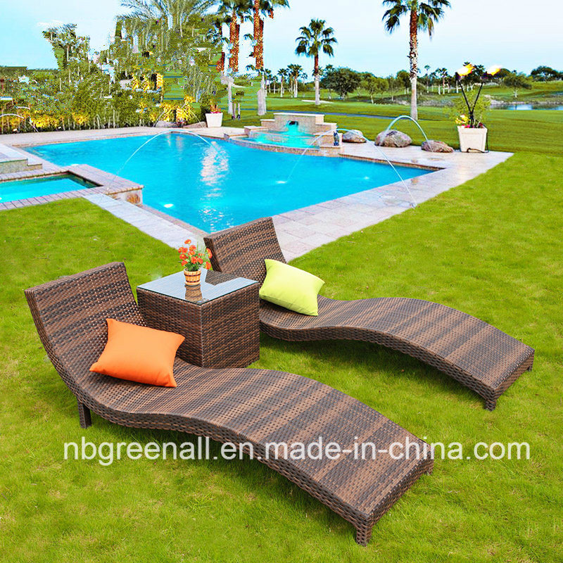 China Comfirtable Lounge Chaise Sofa Bed Leisure Patio Rattan Hotel