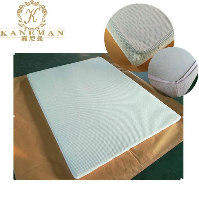China Environmential Green Gel Memory Foam Mattress Topper Can Be
