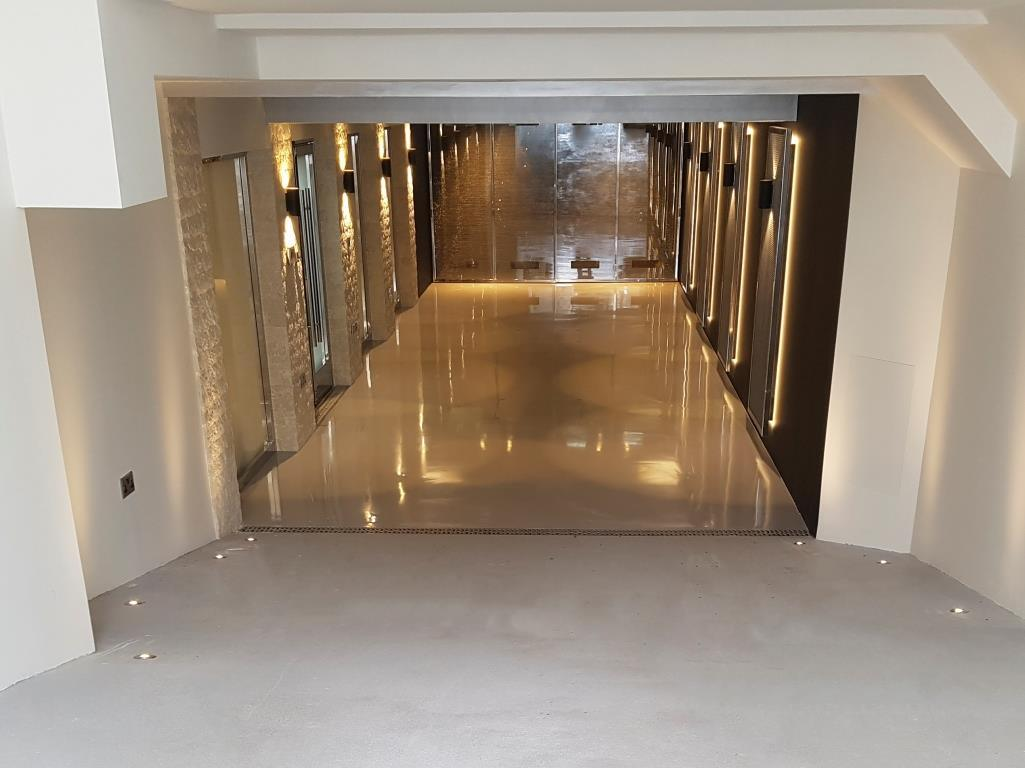 China Self Leveling Solid Color Garage Floor Epoxy Photos Pictures Made In China Com