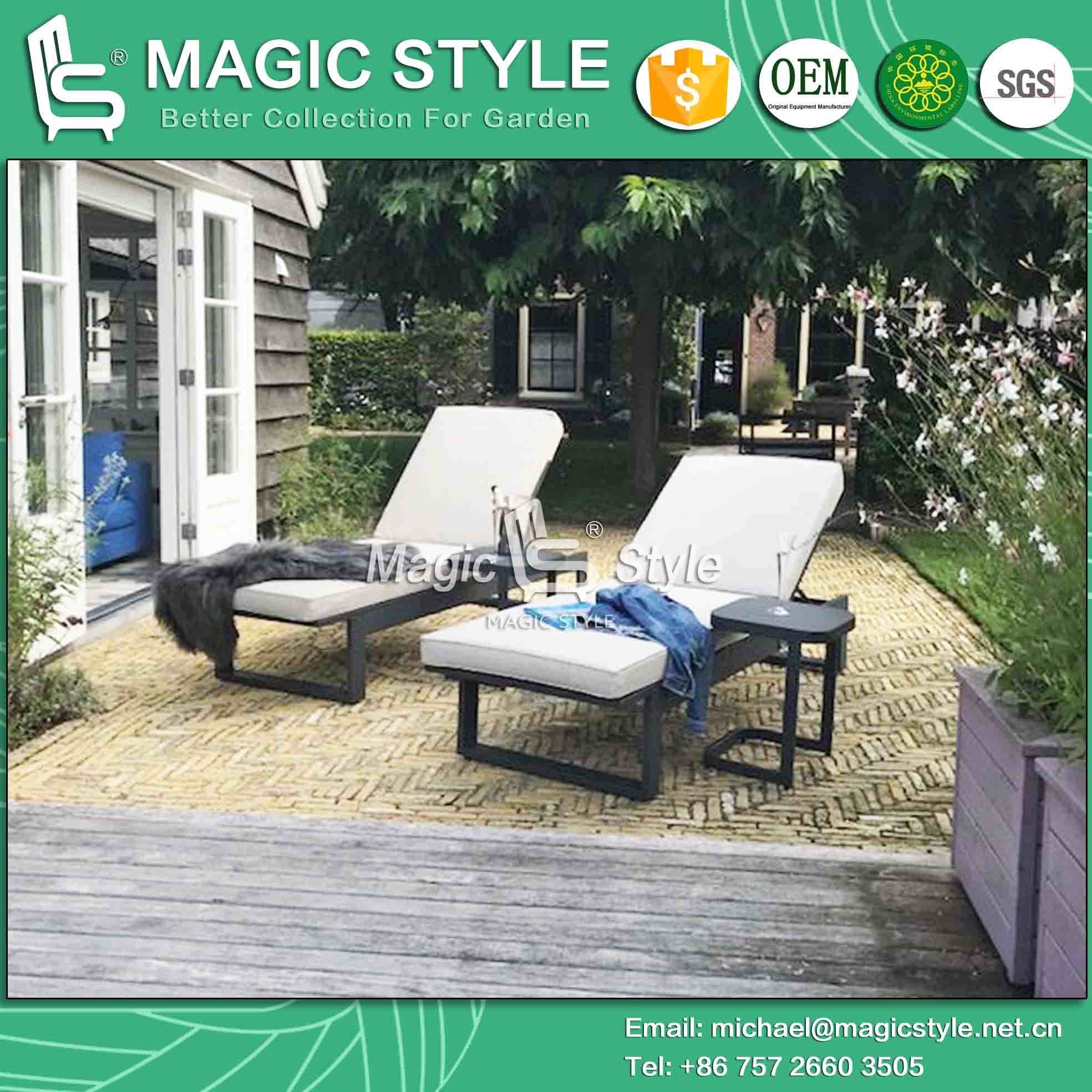 China Outdoor Lounge With Cushion