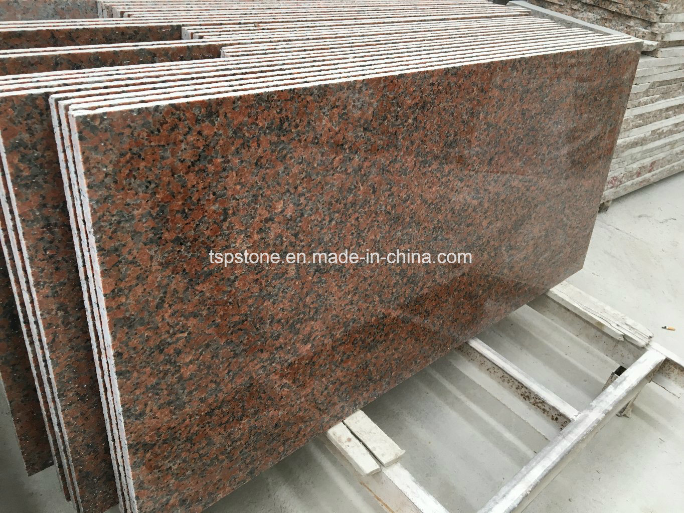 China G562 Maple Red Granite Tile For Wall And Flooring Tile China