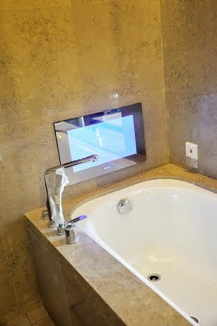 China 19inch Advanced Bathroom Tv Mirror Waterproof Mirror Television China Bathroom Tv Mirror And Waterproof Mirror Television Price