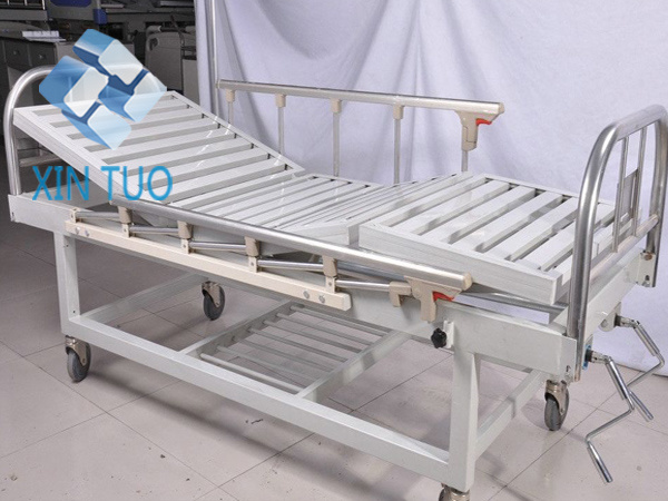 Low Price Mechanical Hand Operating Adjustable Hospital Bed