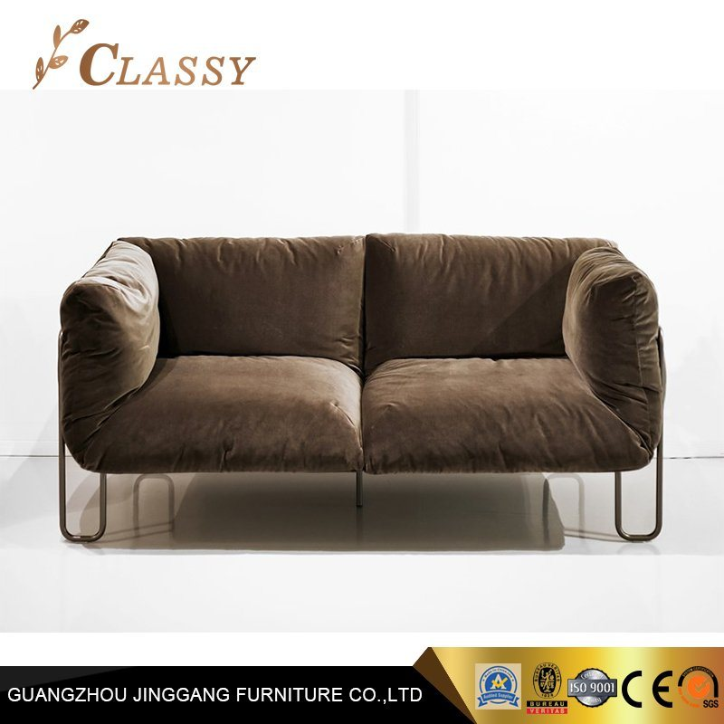 [Hot Item] Living Room Hotel Furniture Curved Tube Steel Classical Leather  Fabric Sofa Couch