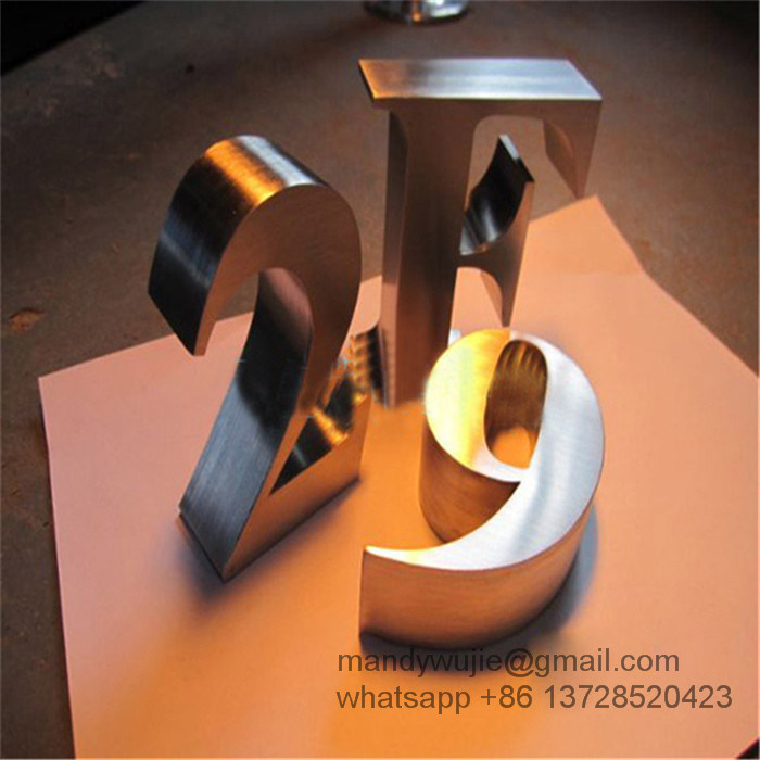 Flat Cut Brushed Stainless Steel Letters pictures & photos