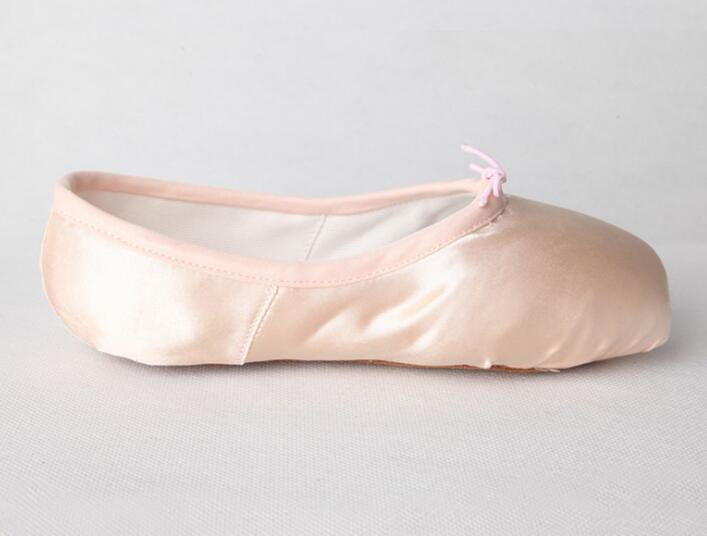 OEM Hot Sale Silk Hard Sole Ballet Dance Pointe Shoes pictures & photos