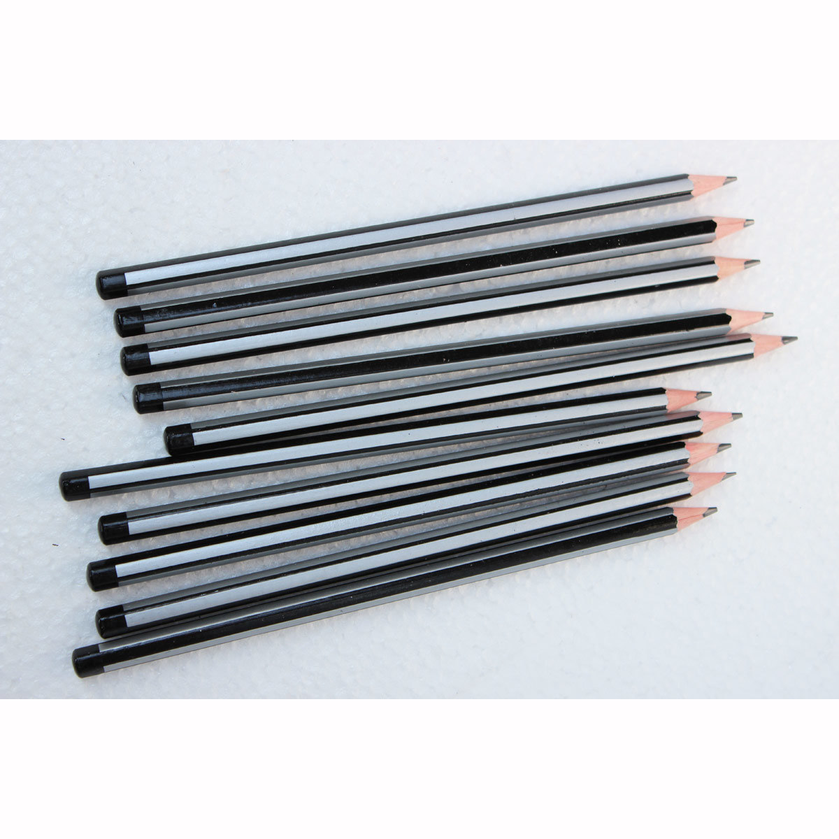 China high quality drawing pencils black silver stripe pencils hb