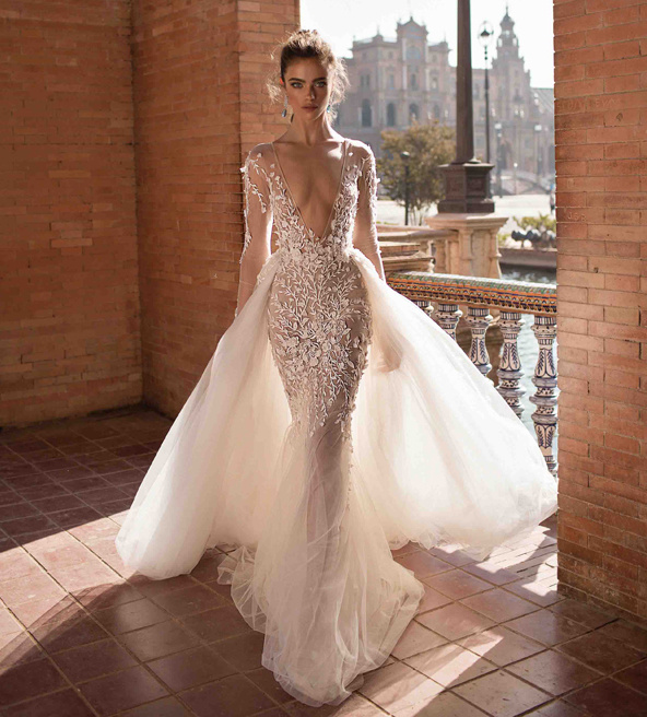 China Beach Wedding Dresses Long Sleeves Plung V Neck Lace Beach Bridal Wedding Gowns H1141 China Wedding Dress And Beach Wedding Dresses Price