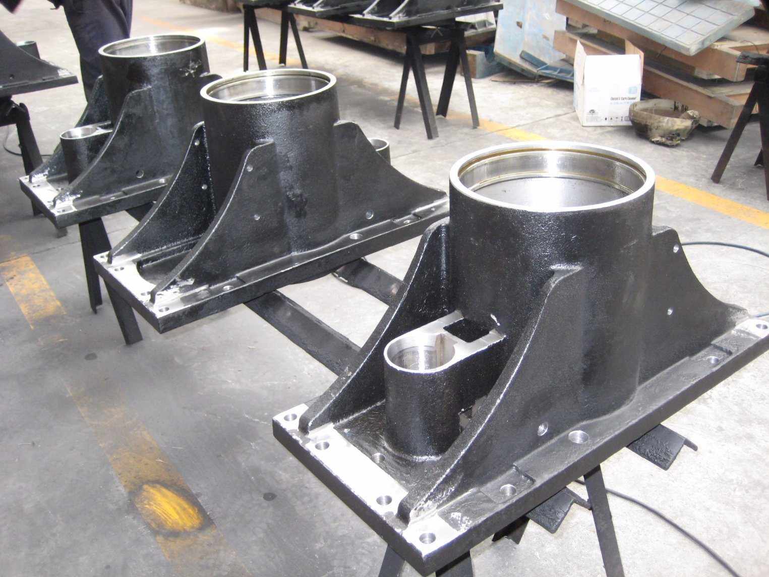 Custom Fabrication of Auto Parts, Car Lift Hydraulic Spare Parts Car Lift Casting pictures & photos