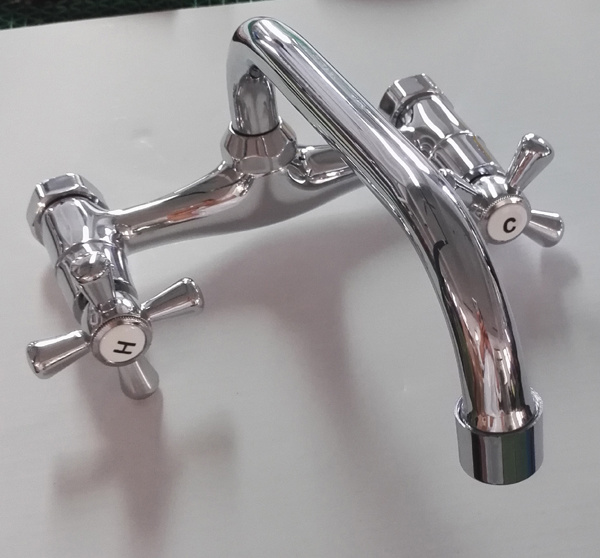 Double Handle Kitchen Tapware (GL048X10U) pictures & photos