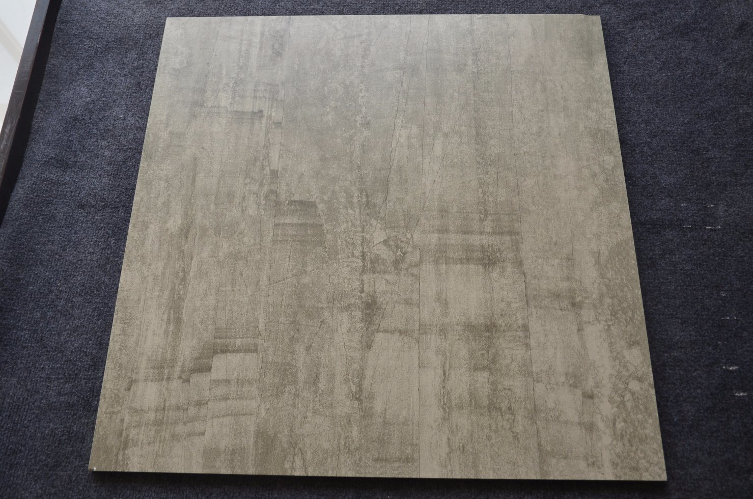 China Top Sale Best Price Thai Cheap Wall Ceramic Tiles 300x600