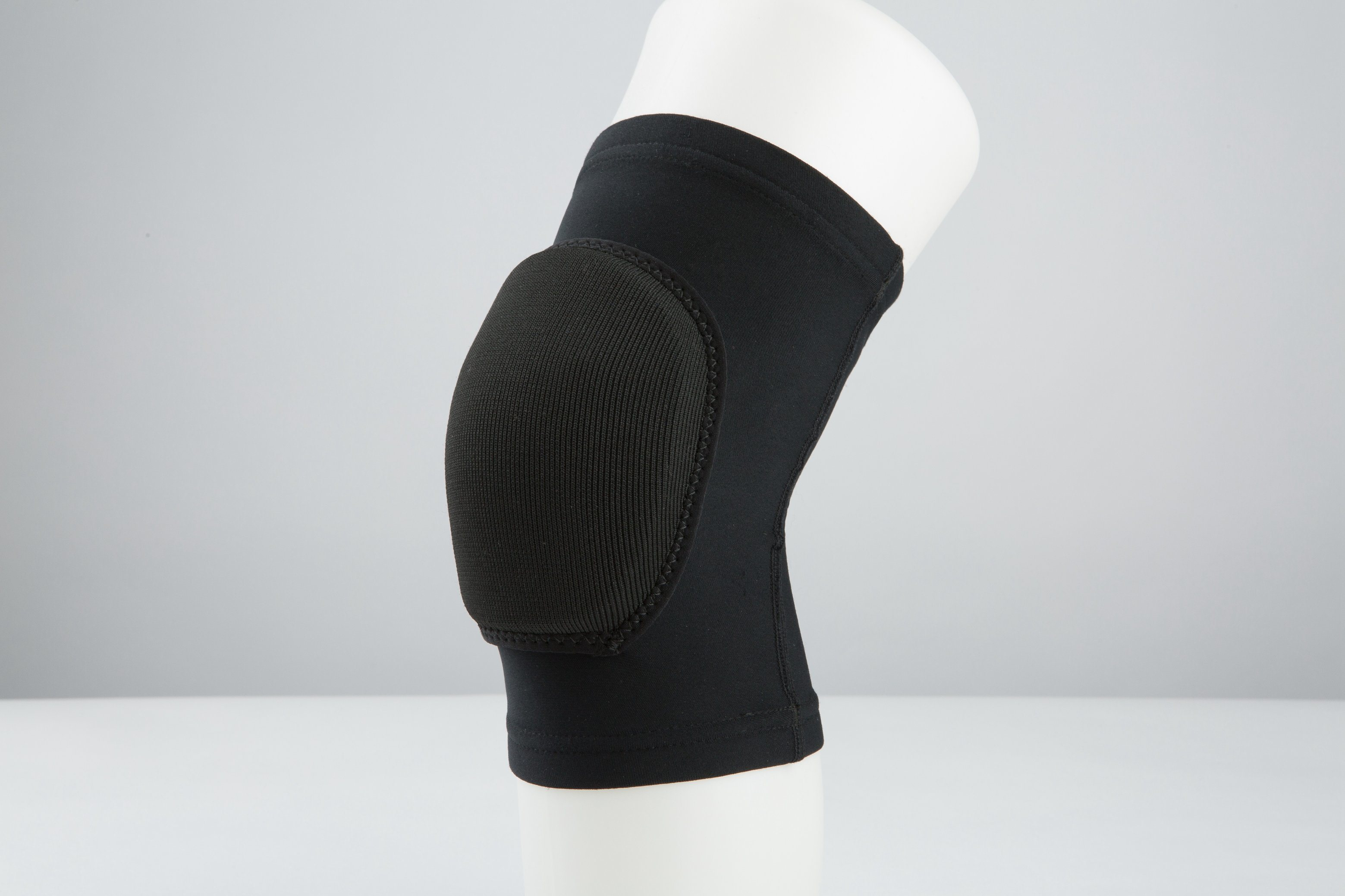 Lithe Foam Compression Knee Brace Guard Support with Soft Cushion pictures & photos