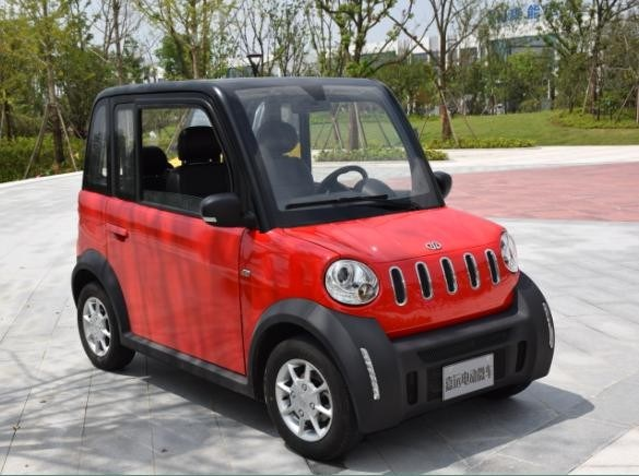 China 4 Seats Light Duty Pure Electric Smart Car