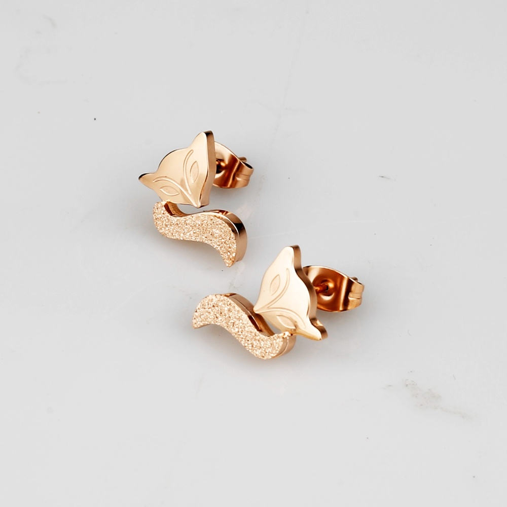 China Simple Arabic Gold Earring Designs For Women
