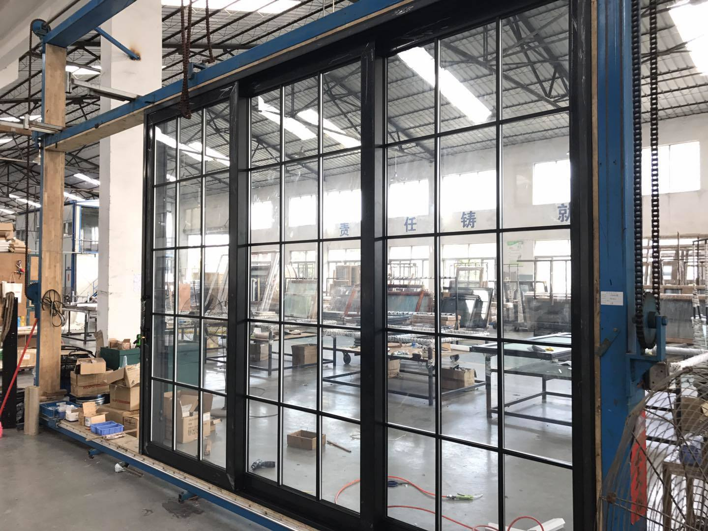 China Aluminium Profile Double Glazing Sliding Door Grill Design