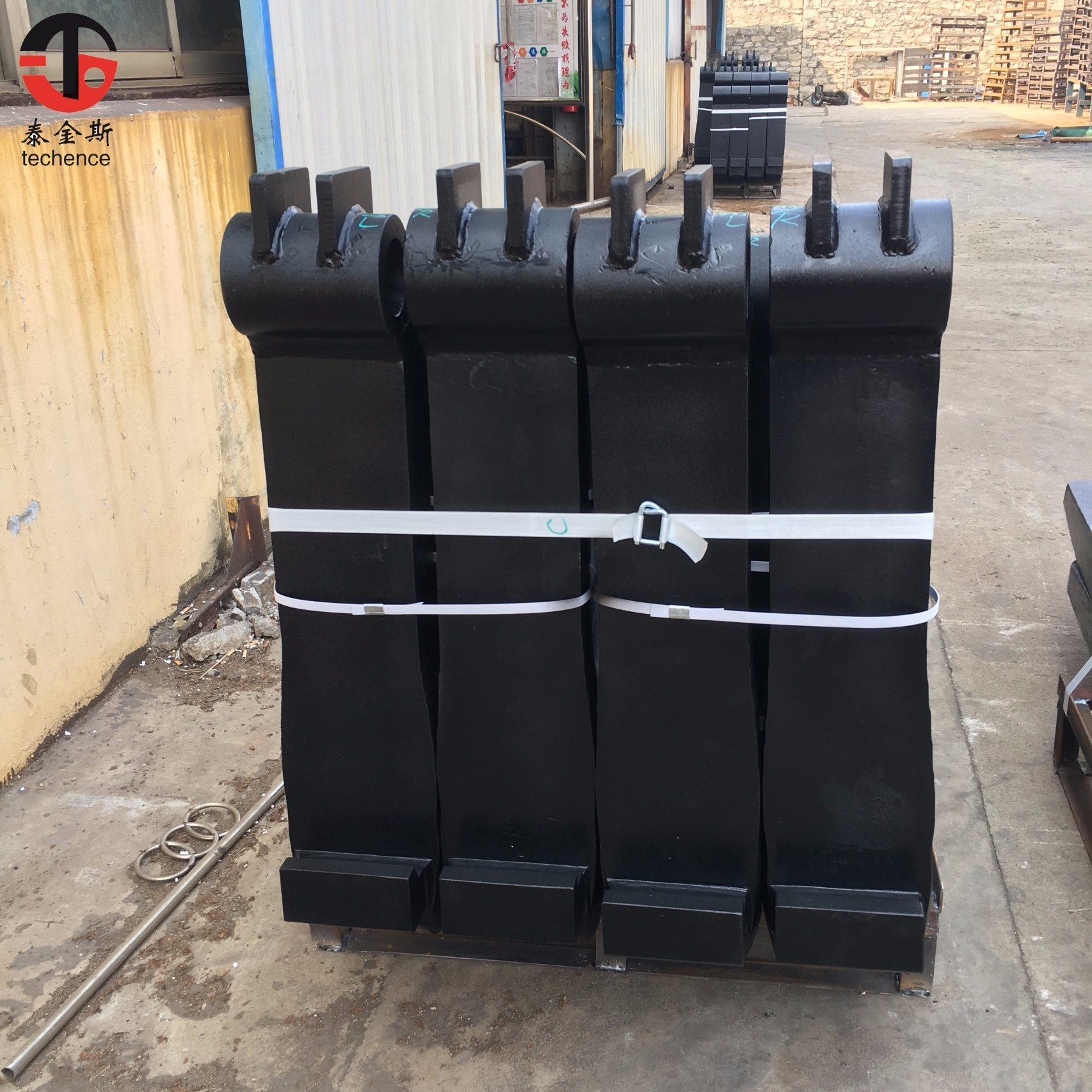 China High Quality Electric Forklift /Pallet Truck/Crane