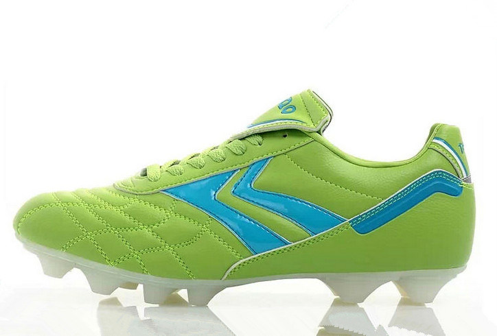 China Soccer Shoes and Football Shoes