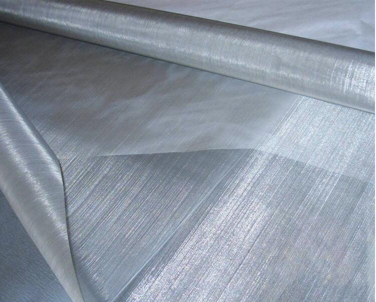 China AISI 304 316 300 Micron Stainless Steel Wire Mesh for ...