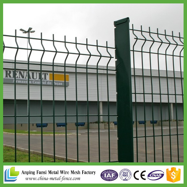China PVC Coated Euro Metal Decorative V Pressed Weld Mesh Fencing ...