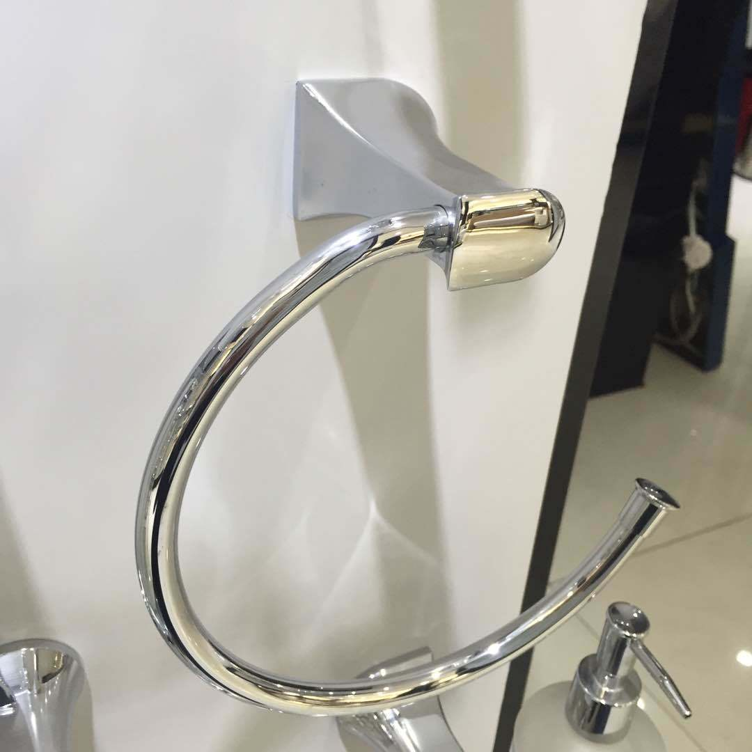 China 7032 Bathroom Accessories Chrome Finish Brass Towel Ring ...