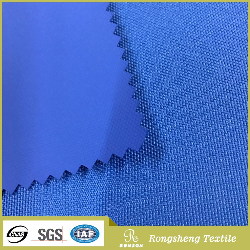 Dense oxford fabric - a material that withstands heavy tests 54