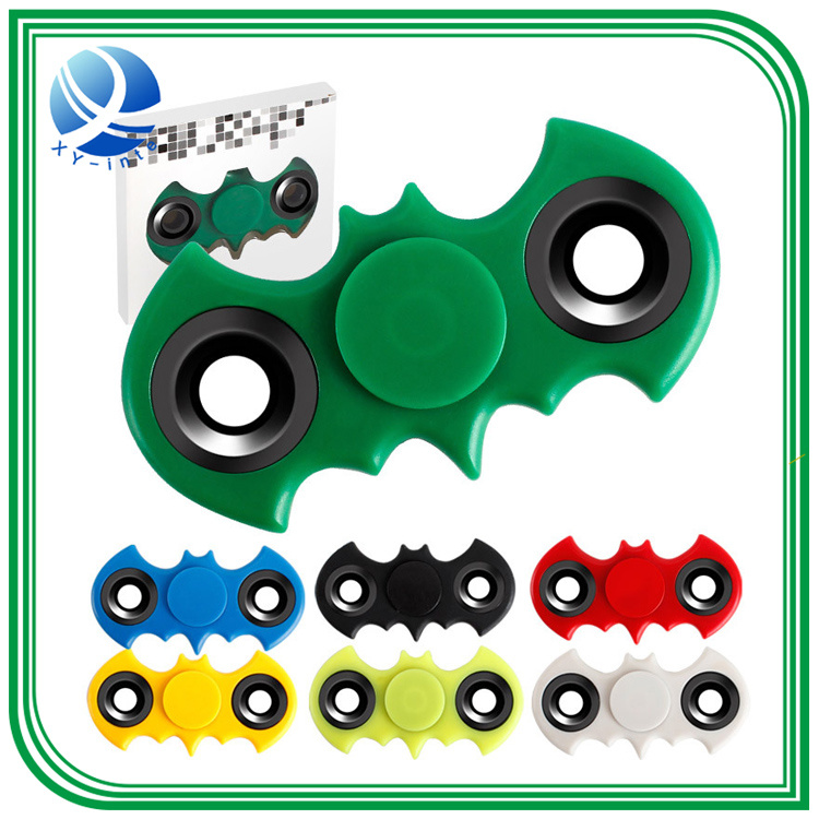 2017 New Tri-Spinner Fidget Toy EDC Handspinner Anti Stress Reliever and Adad Hand Spinners pictures & photos