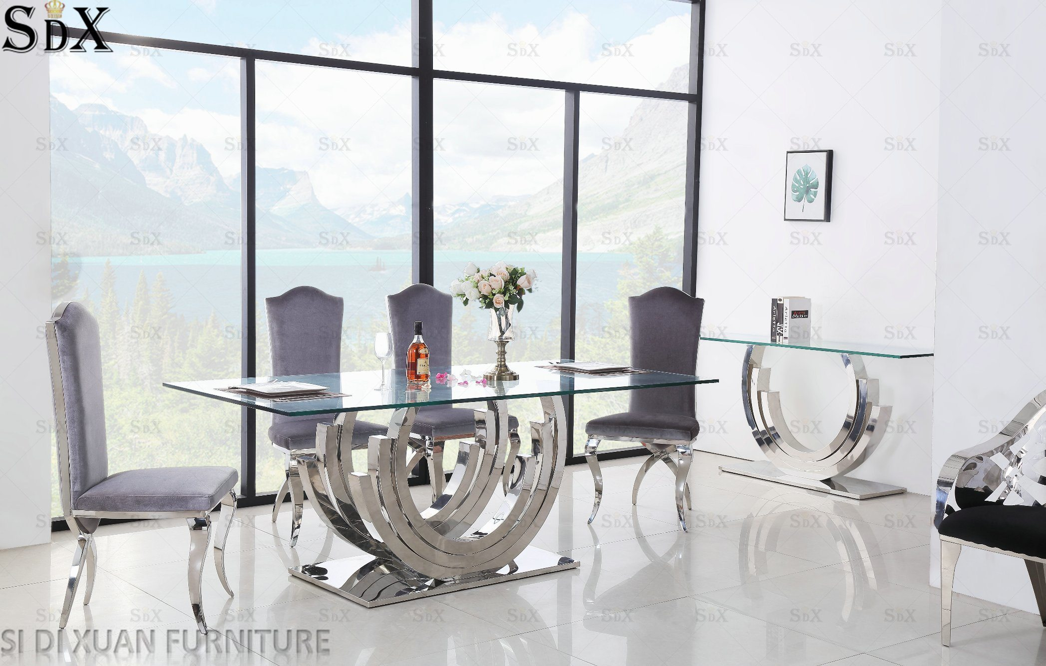 [Hot Item] Modern Dining Room Furniture Glass Top Stainless Steel Dining  Table