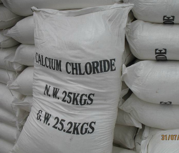 Snow-Melting Agent/Calcium Chloride Flakes 74%-77% pictures & photos