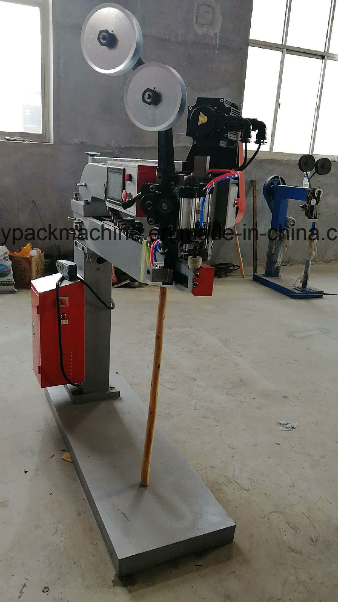 China Hot Sale and Good Quality Double Servo Nail Box Machine for ...