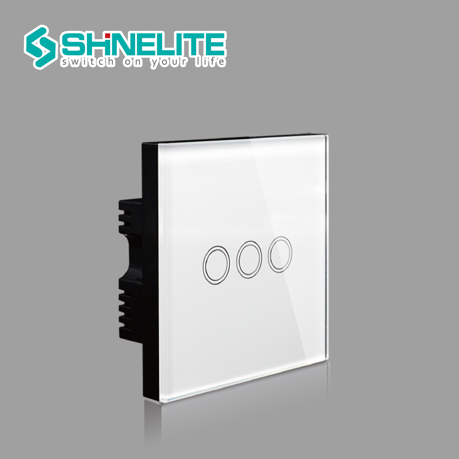 China Electric Switch UK Standard Luxury Crystal Glass Panel and 3 ...