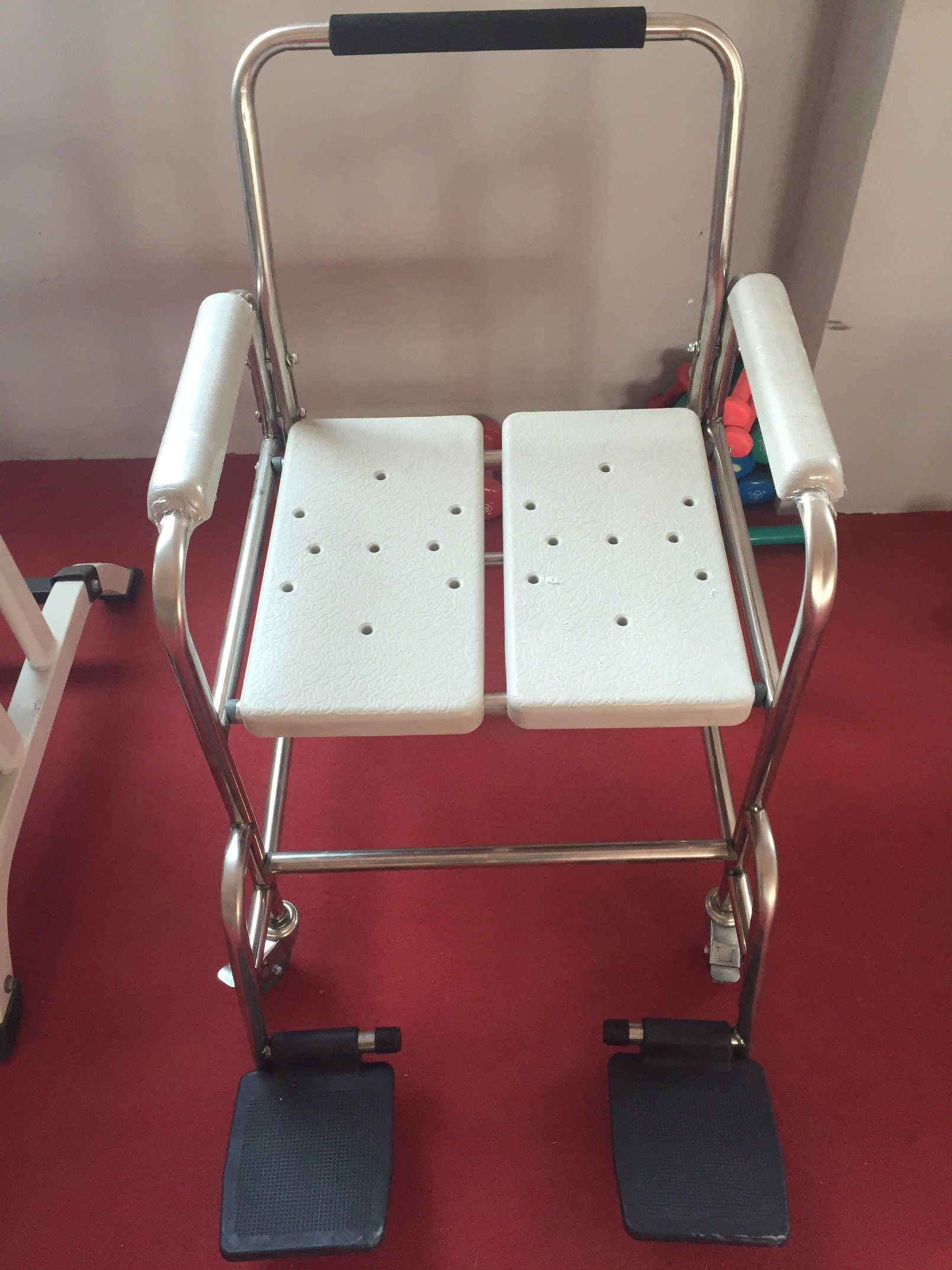 China Elderly Shower Chairs with Wheels - China Therapy ...