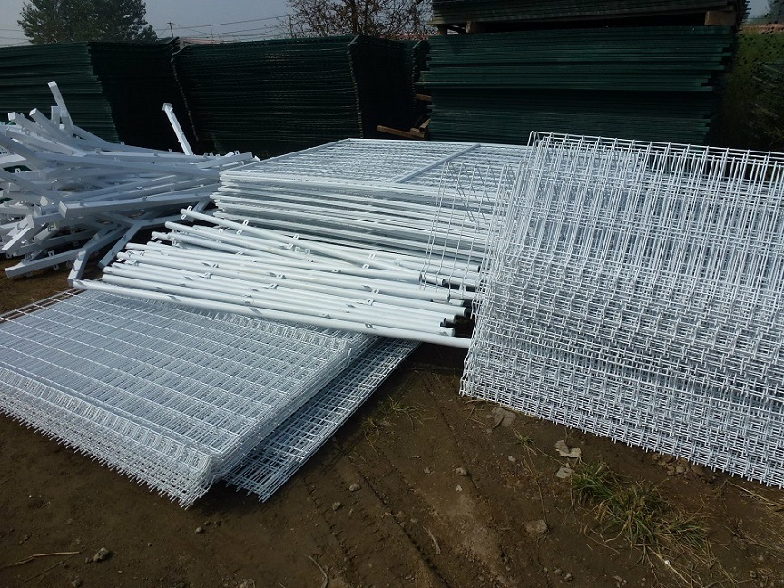 China Factory Supply 2.5m*2m Powder Coated Welded Wire Mesh Fence ...