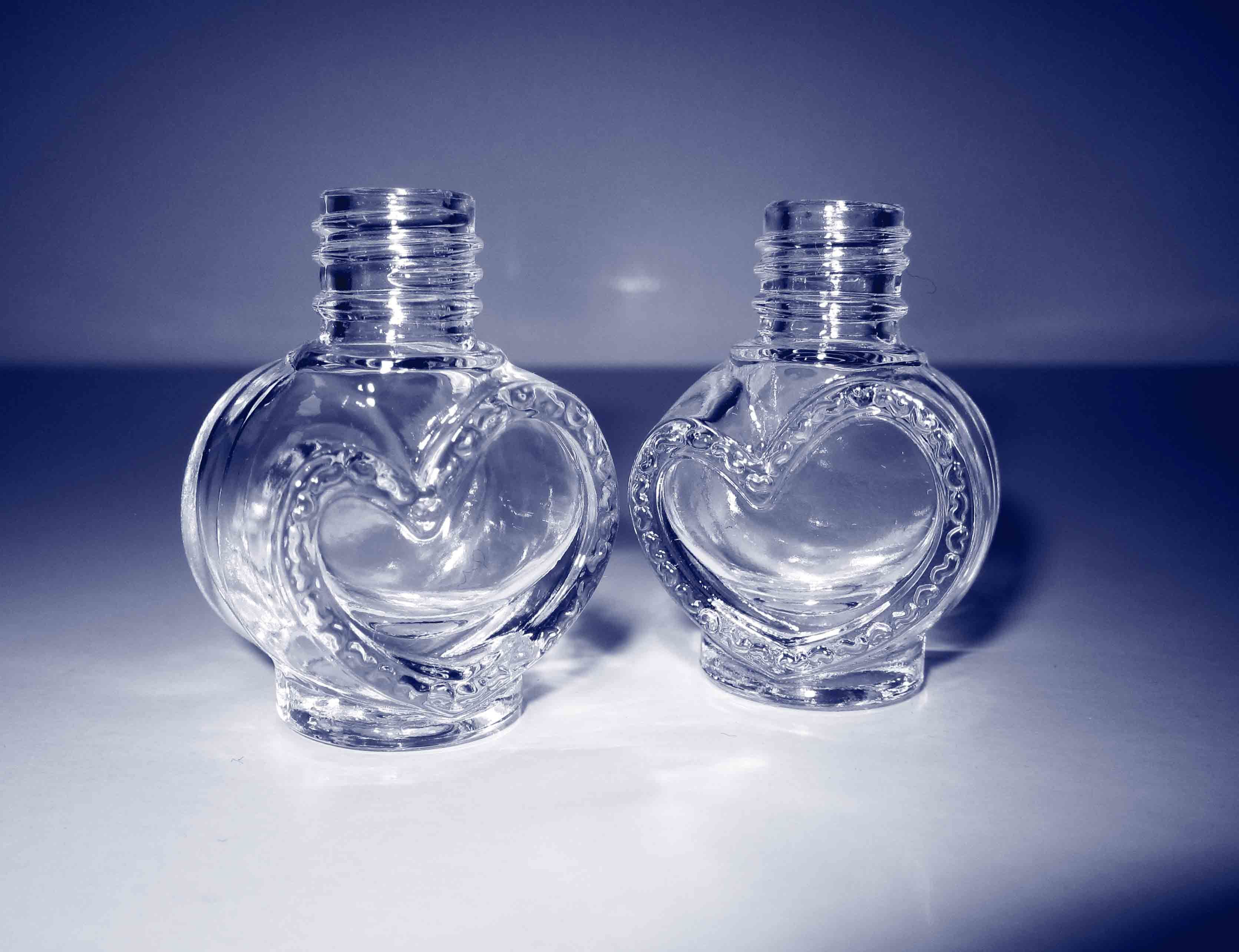 China Heart-Shaped Nail Polish Bottle, One of The Biggest Glass ...