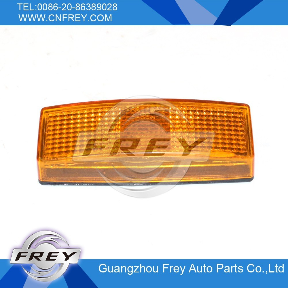 Sprinter Side Marker Lamp OEM. No. 0028204456, 0028206456, 0028206456