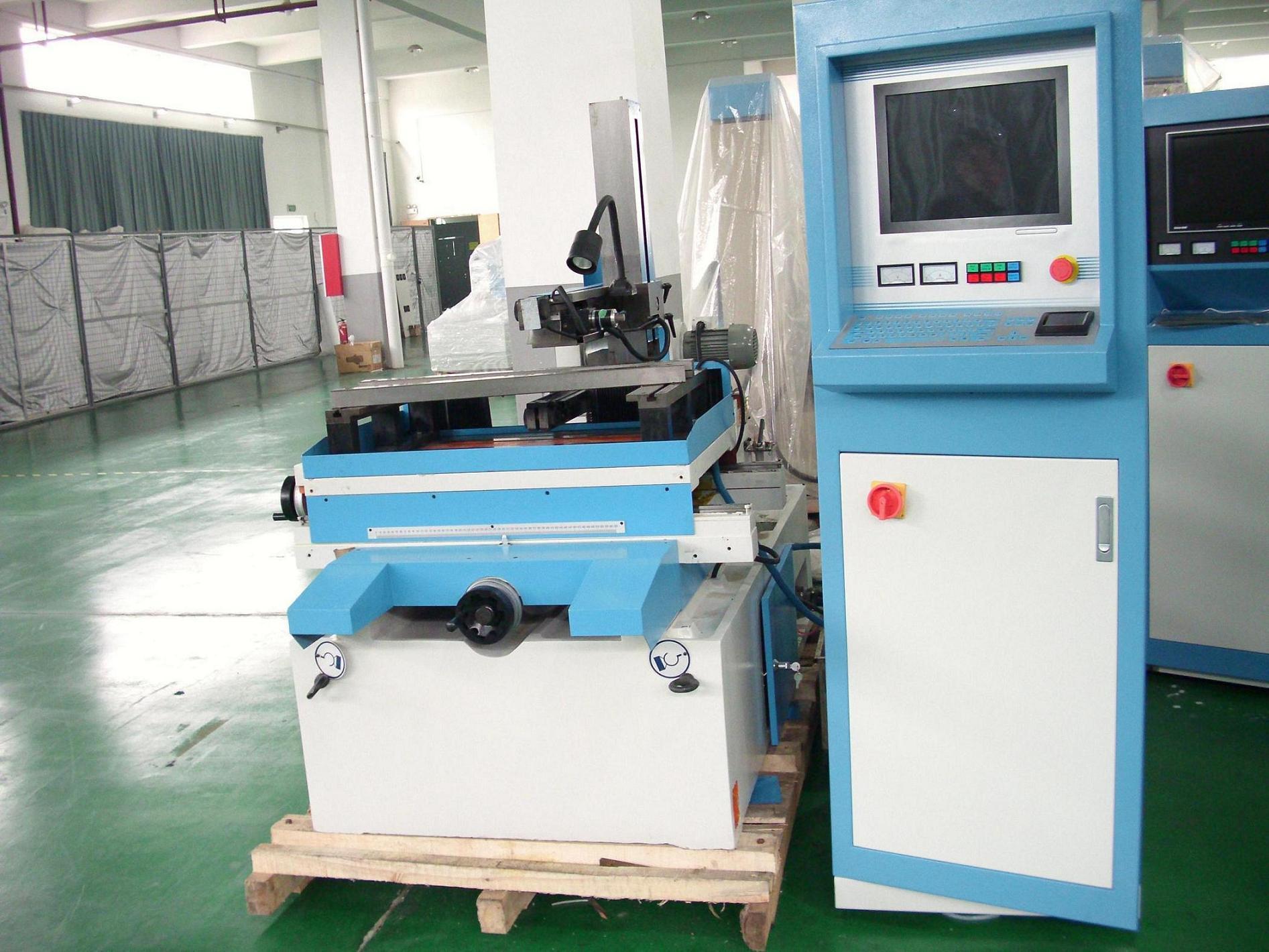 China EDM Wire Cutting Machine (DK77 Series) - China Nc EDM Wire ...